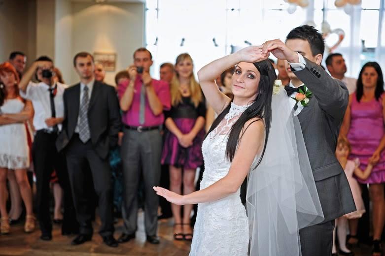 Choreografia pierwszego tańca do utworu Anny Jantar w wykonaniu Iwony i Łukasza